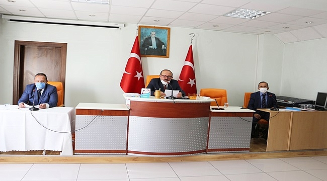 Meclis komisyon raporunu onayladı